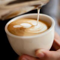 latte art blomst